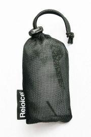 Náš multifunkční šátek je vyrobený z prodyšného rychleschnoucího materiálu CoolMax extréme. Jeho vla